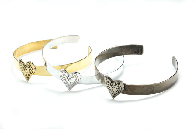 heart bangle gold silver metal www.sixd.com