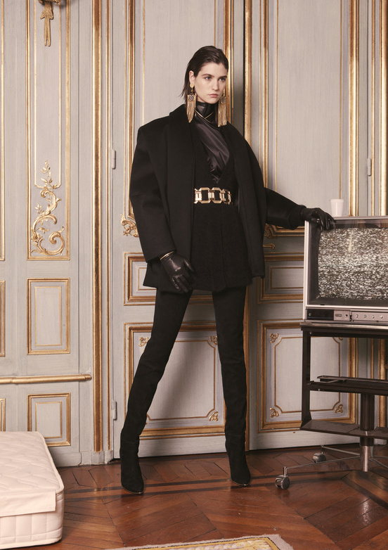 balmain_women_precollection_aw1314_02_741417465_north_552x