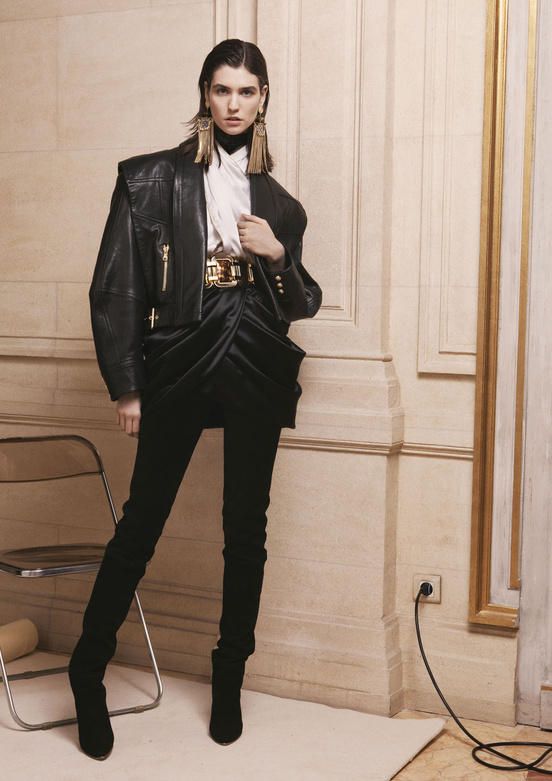 balmain_women_precollection_aw1314_04_362476674_north_552x