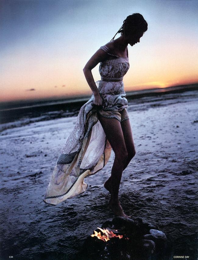 Freedom-child-Corinne-Day-Kate-Moss-Vogue-UK-2002-4