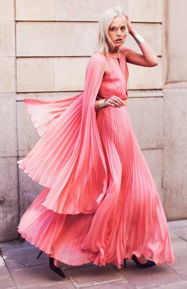 Pink-pleats-fashion-editorial-couturecourier.tumblr.com