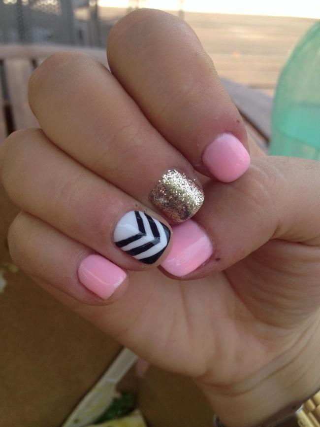 pink stripe glitter nails b_w www.pinterest.com