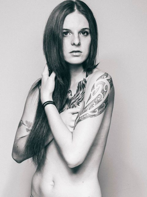 Shirin McBennett Sheen-blackwhite-tattoo-portrait-model