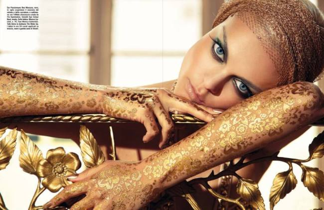 Gold-Viktoriya Sasonkina-fashion-world