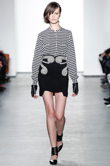 Sass-and-bide-ready-to-wear-fall-2014-1.JPG