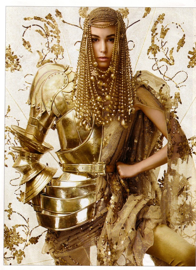 TelegraphLuxuryCoverMarija-2006-http-_www.inspirationbycolor.com_gold-ed-all-that-glitters_