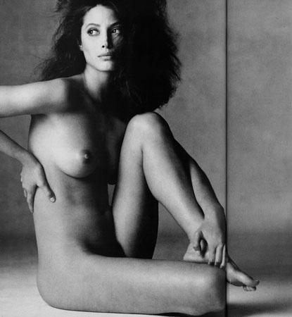 ChristyTurlington-Vogue-January1994-1