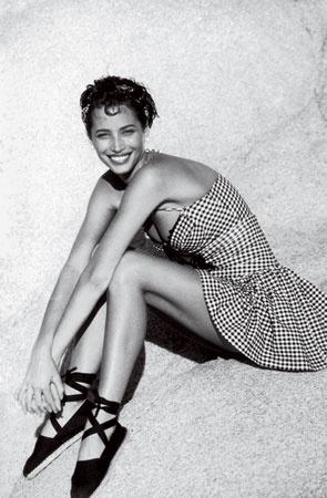 ChristyTurlington-Vogue-May1991-1