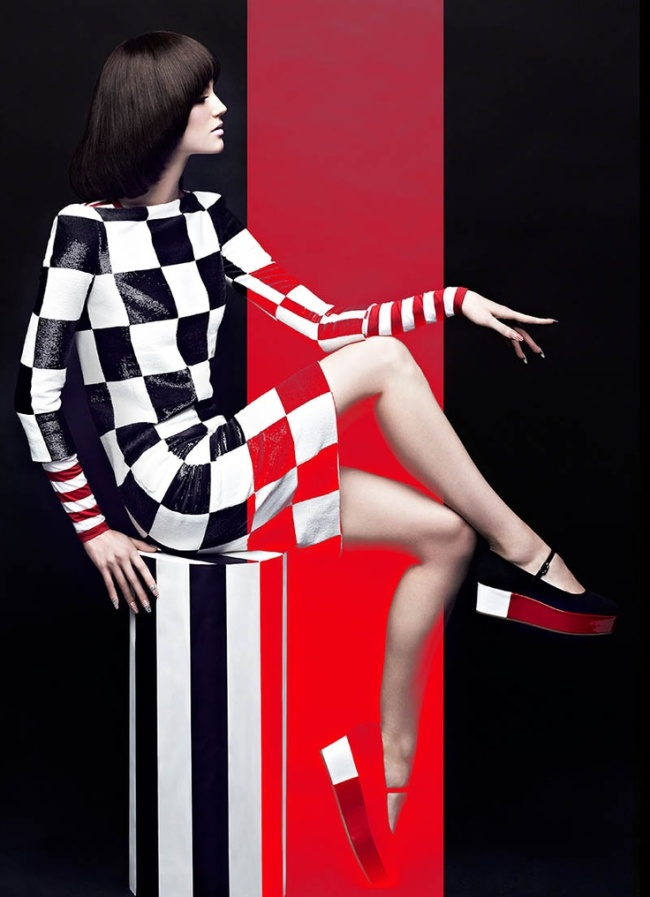 High-Contrast-Fashion-Magazine-May-2013-Samantha-Rayner-by-Chris-Nicholls-2