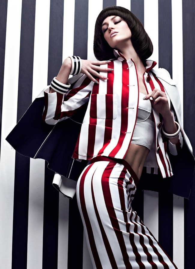 High-Contrast-Fashion-Magazine-May-2013-Samantha-Rayner-by-Chris-Nicholls-7