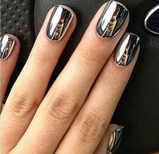 metallicnails-1