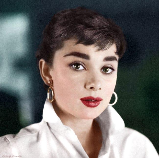 Audrey_Hepburn-6