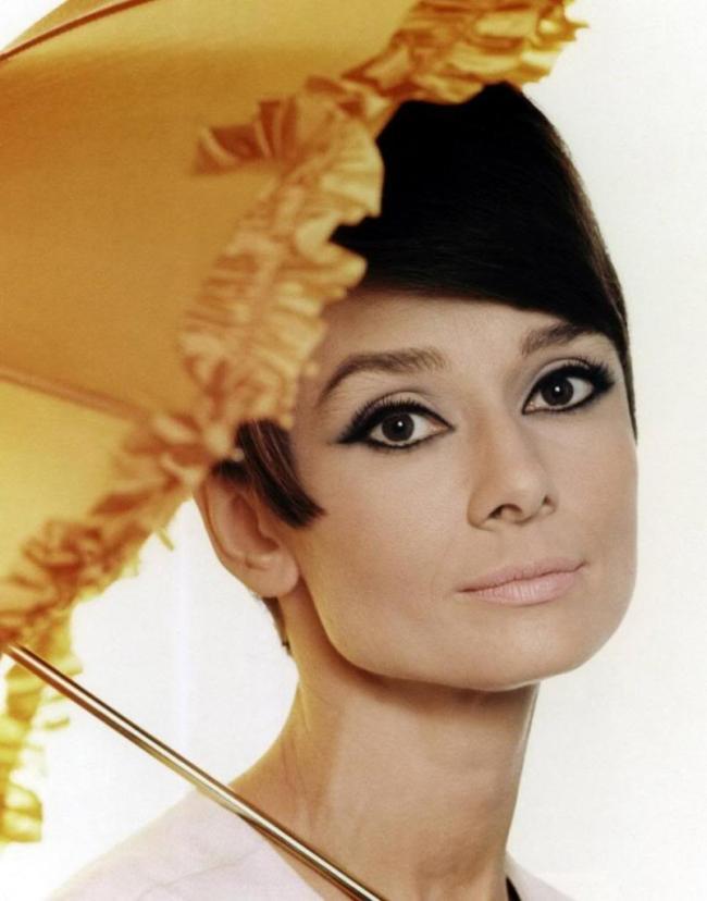 Audrey_Hepburn-7