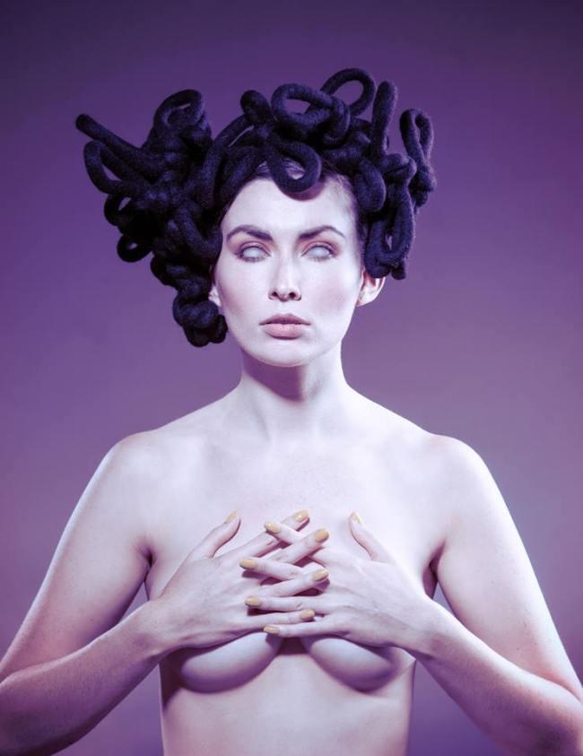 Dark-Beauty-Magzine-fashion-editorial-7