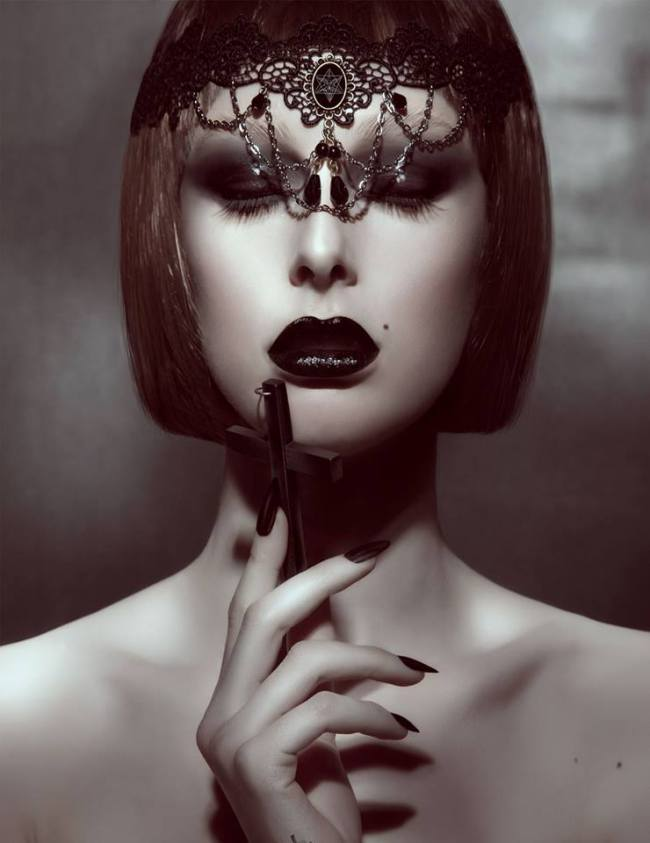 Dark-Beauty-Magzine-fashion-editorial-8