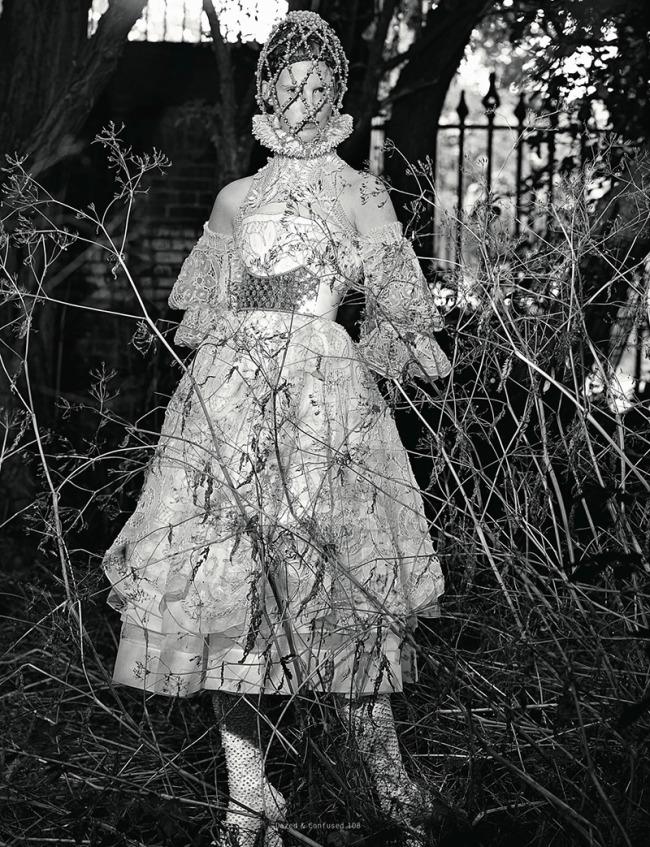 kirsi-pyrhonen-magdalena-jasek-dazed-confused-november-2013-2