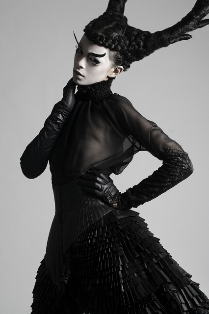the-horned-ones-the-tattooed-geisha-4