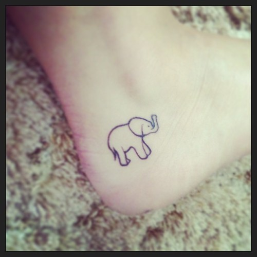 outline-elephant-tattoo-on-heel