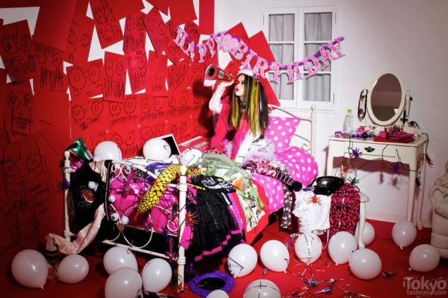 Hirari-Ikeda-Happy-Birthday-To-Me-2012-034-950x633