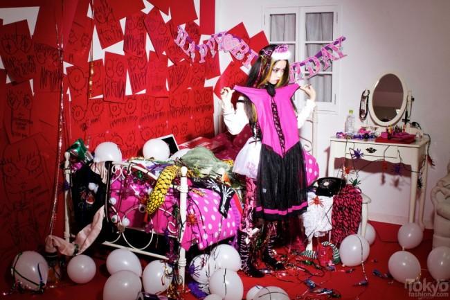 Hirari-Ikeda-Happy-Birthday-To-Me-2012-038-950x633