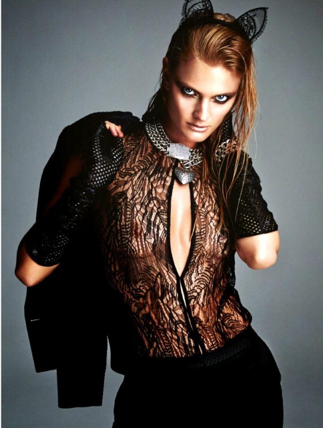 Constance-Jablonski-por-Greg-Kadel-para-Numéro-158-Novembro-2014-181