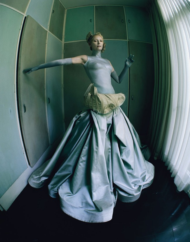 the-surreal-world-tim-walker-w-magazine-december-2014-2
