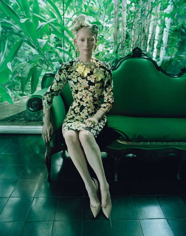 the-surreal-world-tim-walker-w-magazine-december-2014-6